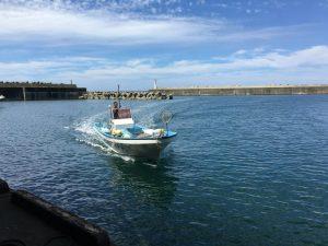 寝屋漁港漁風景