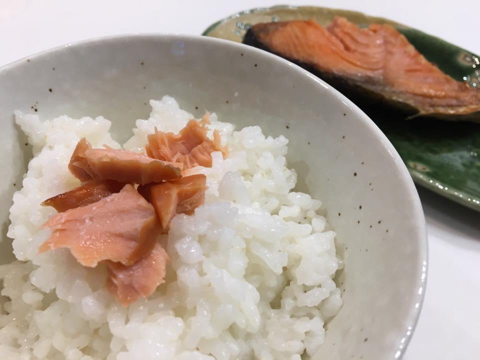 岩船産コシヒカリと塩引き鮭