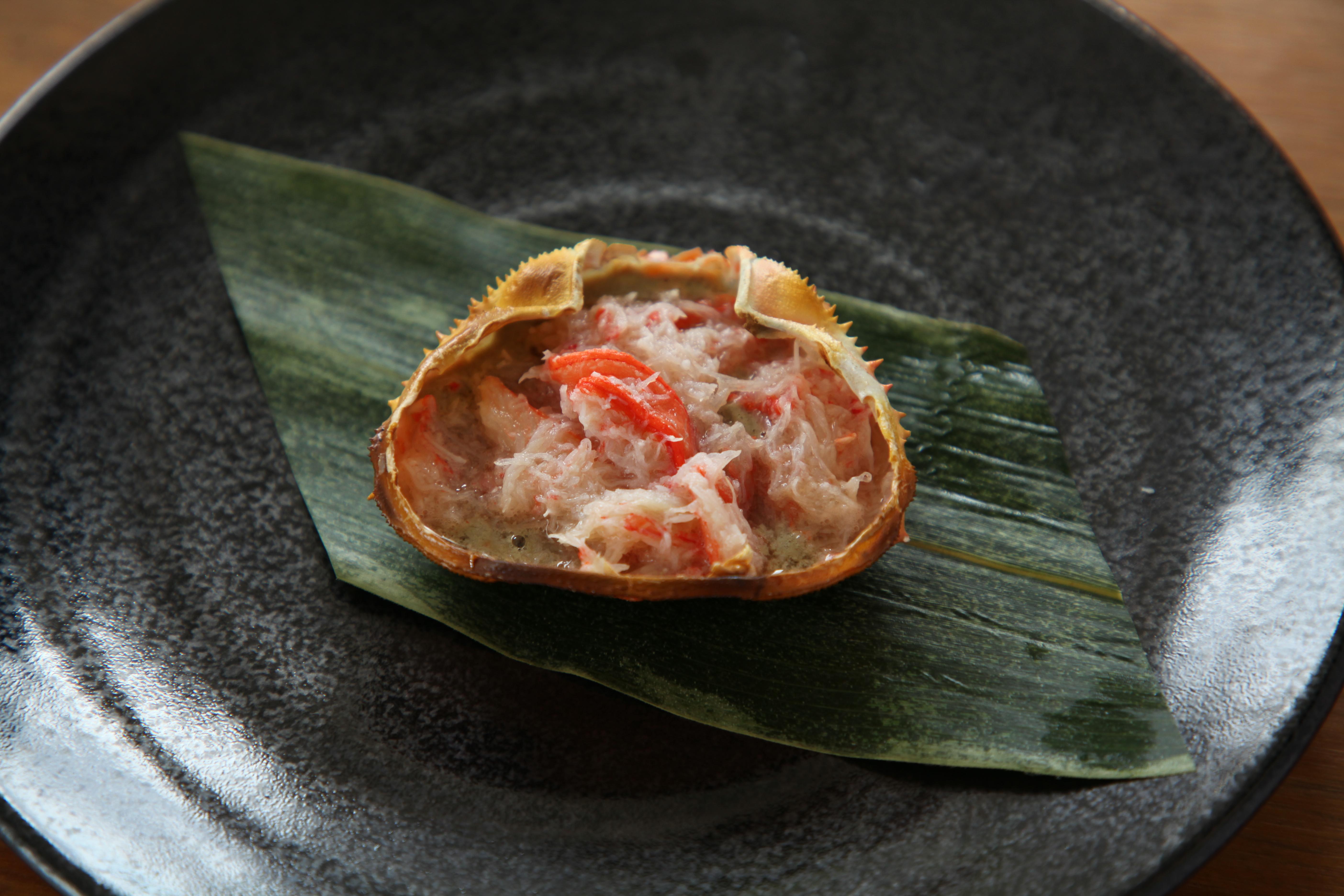 カニ味噌食べ方として贅沢な甲羅焼き